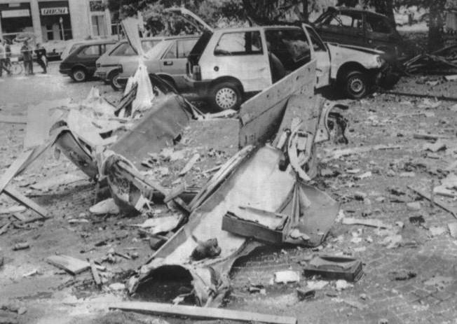 17.05.1988 Attentato piazza Mazzini davanti sede RAI